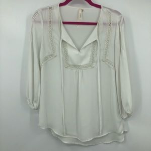 Bellatrix White Semi Sheer Lace 3/4 Sleeve Peasant